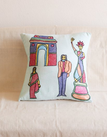 Archana Kumari 手刺繍クッションカバー