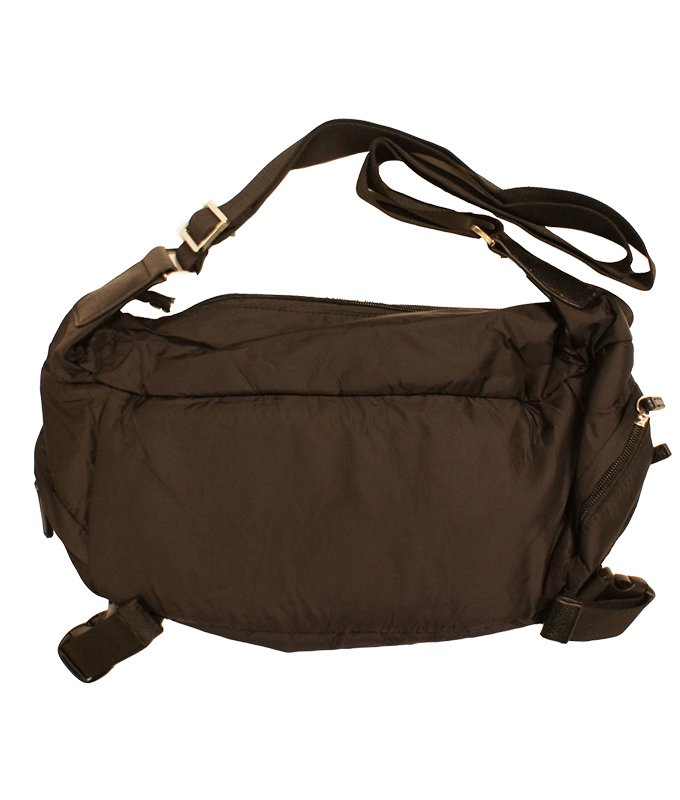 tons of pockets body bag