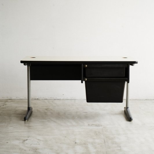 """Desk"" George Nelson & Robert Propst / HERMAN MILLER"