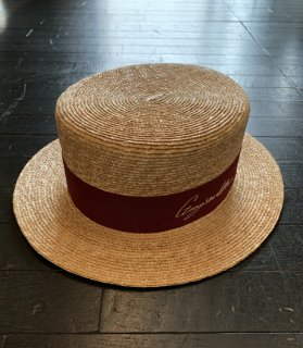KISSING - BOATER HAT