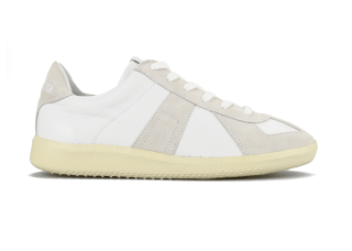 GERMAN TRAINER WHITE/ECRU<img class='new_mark_img2' src='https://img.shop-pro.jp/img/new/icons5.gif' style='border:none;display:inline;margin:0px;padding:0px;width:auto;' />