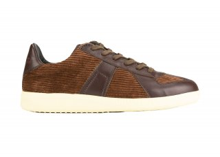 GERMAN TRAINER CORDUROY BROWN<img class='new_mark_img2' src='https://img.shop-pro.jp/img/new/icons5.gif' style='border:none;display:inline;margin:0px;padding:0px;width:auto;' />