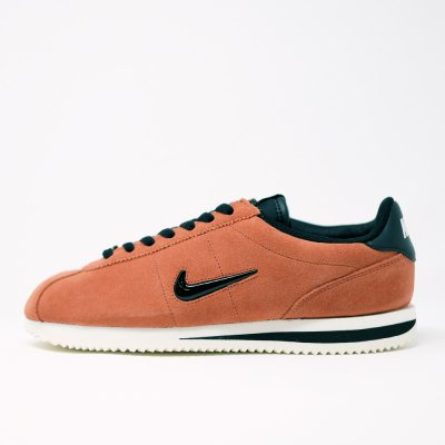 <img class='new_mark_img1' src='//img.shop-pro.jp/img/new/icons5.gif' style='border:none;display:inline;margin:0px;padding:0px;width:auto;' />NIKE CORTEZ BASIC JEWEL 833238-200 DUSTY PEACH/BLACK SAIL