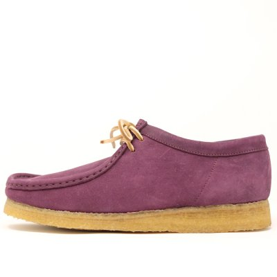 <img class='new_mark_img1' src='https://img.shop-pro.jp/img/new/icons29.gif' style='border:none;display:inline;margin:0px;padding:0px;width:auto;' />CLARKS ORIGINALS [WALLABEE] (PURPLE GRAPE) MADE IN ITALY