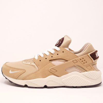<img class='new_mark_img1' src='//img.shop-pro.jp/img/new/icons5.gif' style='border:none;display:inline;margin:0px;padding:0px;width:auto;' />NIKE [AIR HUARACHE RUN PRM 704830 202] (DESERT)