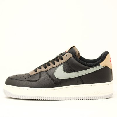 <img class='new_mark_img1' src='//img.shop-pro.jp/img/new/icons5.gif' style='border:none;display:inline;margin:0px;padding:0px;width:auto;' />NIKE [AIR FORCE 1 '07 BV0322 002] (BLACK/ MICA GREEN)