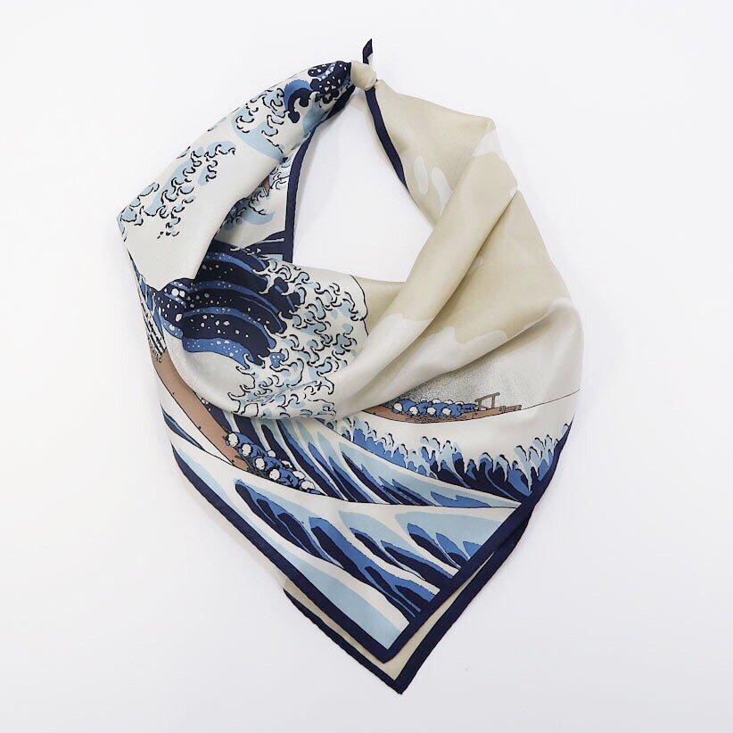 神奈川沖浪裏 (BMS-078) Marcaオリジナル 小判 シルクツイル スカーフ