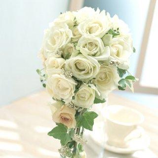 (プリザ)白バラとアイビーのキャスケードブーケ