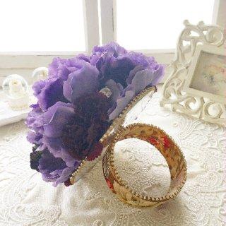 (造花)パープルカラーのリングブーケ。裏側がミラーに。
