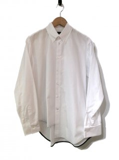 <img class='new_mark_img1' src='//img.shop-pro.jp/img/new/icons20.gif' style='border:none;display:inline;margin:0px;padding:0px;width:auto;' />CINOH ASYMMETRY HEM SHIRT