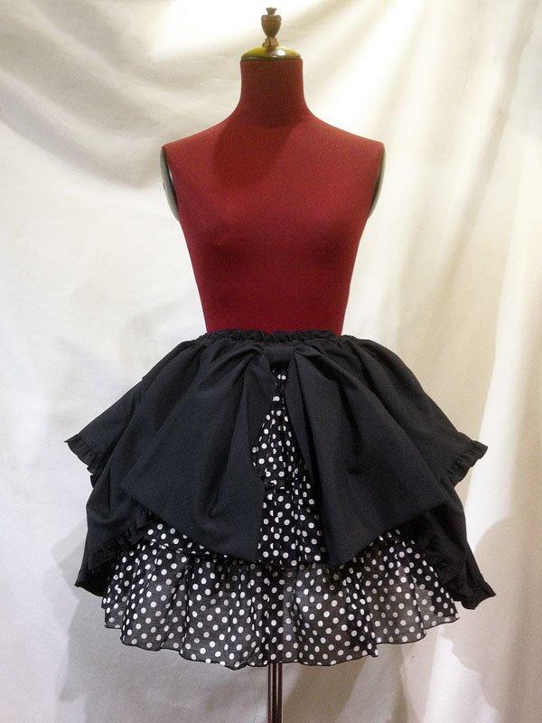 パ二エ入り3段スカート +タック変形スカート:黒白ドット