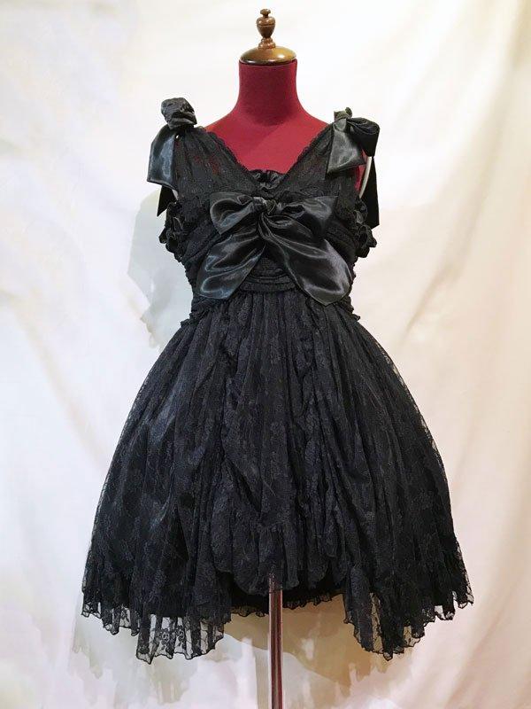 バラアクセサリー付きギャザーリボンドレス+パニエ:黒花柄レースワンピース×黒パ二エ