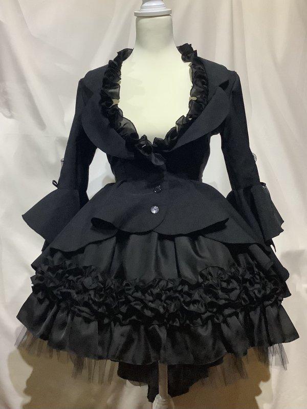 フレアドレープテーラードジャケット+レイヤードフリルスカート:黒×白フリル×黒レース (白スカート)
