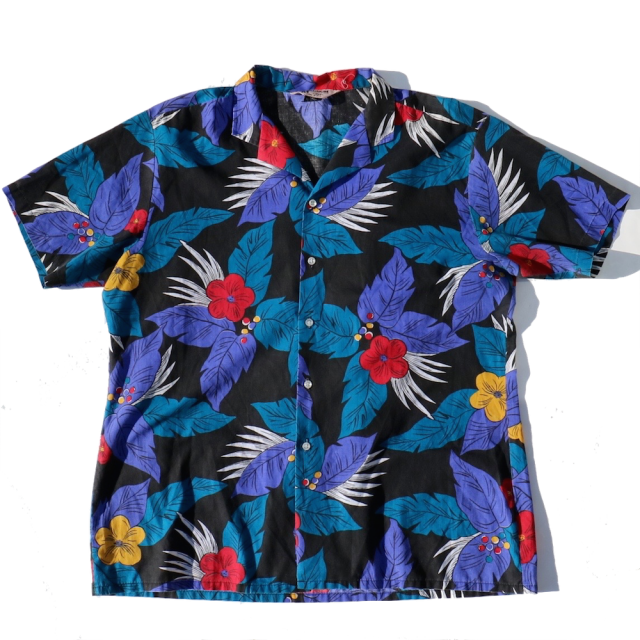 <img class='new_mark_img1' src='//img.shop-pro.jp/img/new/icons11.gif' style='border:none;display:inline;margin:0px;padding:0px;width:auto;' />MAGNUM  ALOHA SHIRTS