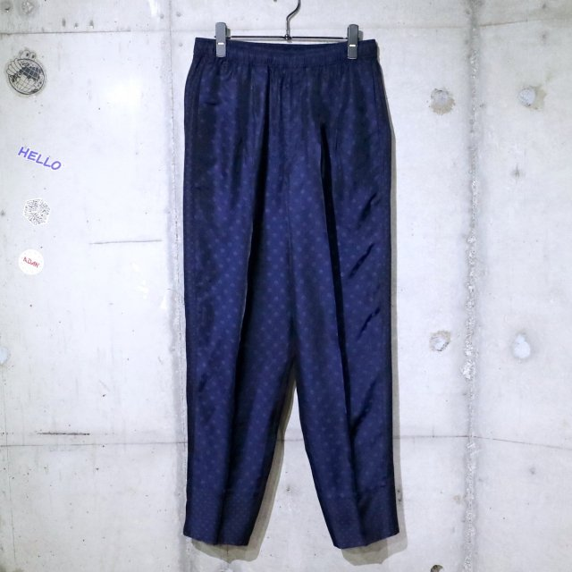 <img class='new_mark_img1' src='https://img.shop-pro.jp/img/new/icons11.gif' style='border:none;display:inline;margin:0px;padding:0px;width:auto;' />TOGA VIRILIS Jacquard easy pants NAVY