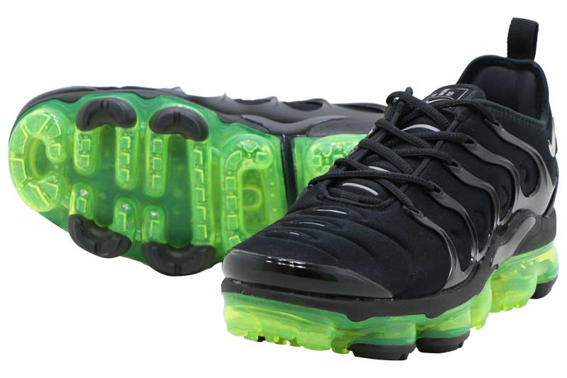 NIKE AIR VAPORMAX PLUS - BLACK REFLECT SILVER-VOLT 924453-015 50ae452d3