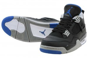 NIKE AIR JORDAN 4 RETRO - MOTORSPORT AWAY