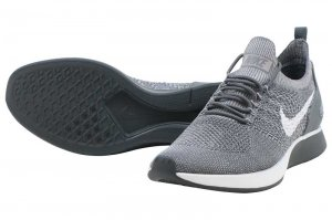 NIKE AIR ZOOM MARIAH FLYKNIT RACER - GUNSMOKE/WHITE-ATMOSPHERE GREY-DARK GREY