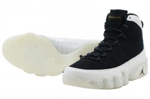 NIKE AIR JORDAN 9 RETRO - Black/Summit White-Black-Metallic Gold