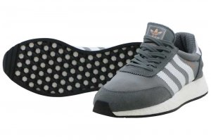 adidas  INIKI RUNNER - Vista Grey/Footwear White/Core Black