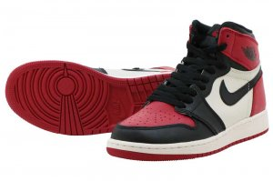 NIKE AIR JORDAN 1 RETRO HIGH OG  BG - GYM RED/BLACK-SUMMIT WHITE