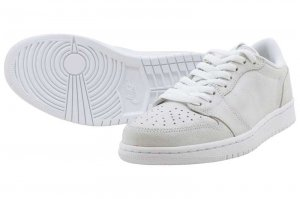 NIKE WMNS AIR JORDAN 1 RETRO LOW NS - WHITE/METALIC GOLD-WHITE