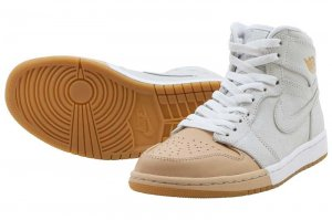 NIKE WMNS AIR JORDAN 1 RETRO HIGH PREM - WHITE/METALIC GOLD-VACHETTA TAN