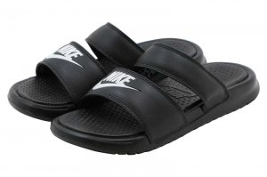 NIKE WMNS BENASSI DUO ULTRA SLIDE - BLACK/WHITE