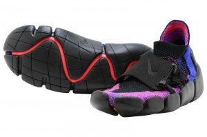 NIKE FOOTSCAPE FLYKNIT DM - HYPER GRAPE/BLACK-BRIGHT CRIMSON