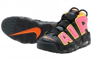NIKE W AIR MORE UPTEMPO - BLACK/HOT PUNCH-VOLT