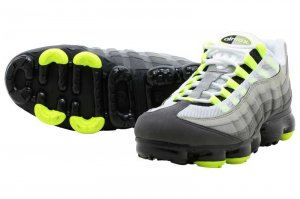 NIKE AIR VAPORMAX 95 - BLACK/VOLT-MEDIUM ASH