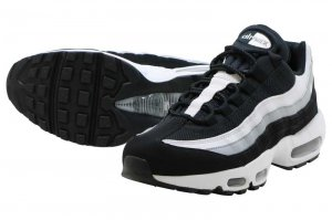 NIKE AIR MAX 95 ESSENTIAL - BLACK/WHITE-WOLF GREY
