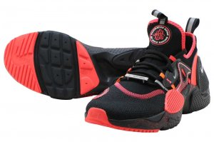 NIKE HUARACHE E.D.G.E. AS QS - BLACK/WHITE-BRIGHT CRIMSON