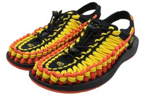 KEEN UNEEK FLAT キーン ユニーク フラット VIBRANT YELLOW/FLAME 1020796