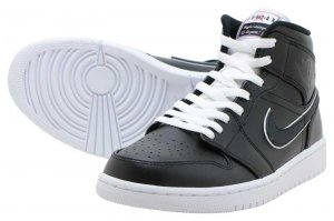 NIKE AIR JORDAN 1 MID SE - BLACK/BLACK-WHITE
