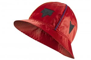NIKE JORDAN RIVALS SATIN BUCKET CAP - UNIVERSITY RED