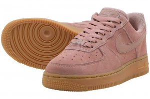 NIKE AIR FORCE 1 '07 SE - PARTICLE PINK/PARTICLE PINK