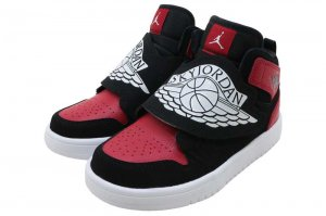 NIKE SKY JORDAN 1 (PS) - BLACK/WHITE-GYM RED