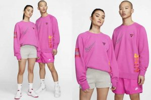 NIKE AS M NSW CREW - ACTIVE FUCHSIA