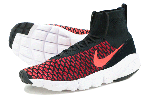 AIR FOOTSCAPE MAGISTA FLYKNIT - BLACK/BRIGHT CRIMSON-GYM RED
