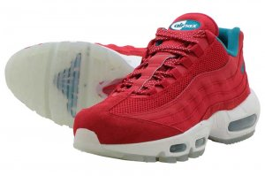 NIKE AIR MAX 95 UTILITY NRG - UNIVERSITY RED/BRIGHT CRIMSON