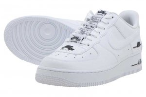 NIKE AIR FORCE 1 '07 LV8 3 - WHITE/BARELY VOLT-WHITE