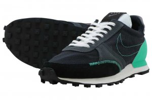 NIKE DBREAK-TYPE - BLACK/MENTA-SUMMIT WHITE