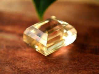 ゴールド・オプティカル・カルサイト 磨きNo.3