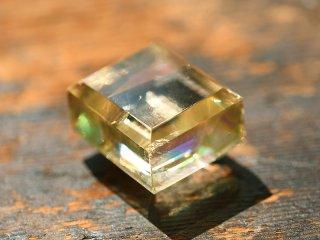 ゴールド・オプティカル・カルサイト 磨きNo.2