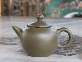 呉律均 緑泥小茶壺(1854)