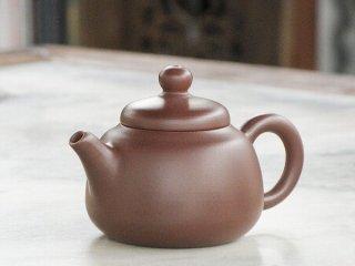 呉律均 紫泥小茶壺(1874)