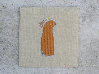 チャイナドレス麻コースター(旗袍 brown on beige)