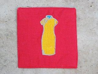 チャイナドレス麻コースター(旗袍 yellow on red)