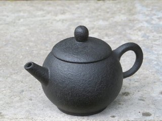 林國立 黒泥茶壺(2870)